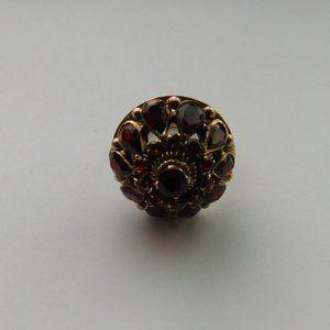Vintage 14K Yellow Gold Garnet Princess Harem Ring